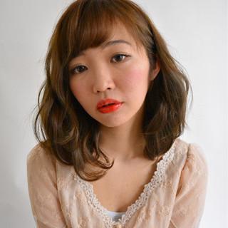 外国人風 ガーリー グレージュ ボブ ヘアスタイルや髪型の写真・画像