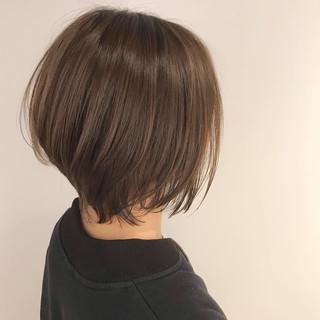 ショートボブ ナチュラル くびれボブ 外ハネボブ ヘアスタイルや髪型の写真・画像