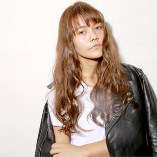 ガーリー ウェーブ アッシュ 外国人風カラー ヘアスタイルや髪型の写真・画像