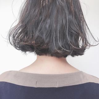 ボブ ウェーブ ナチュラル アンニュイほつれヘア ヘアスタイルや髪型の写真・画像
