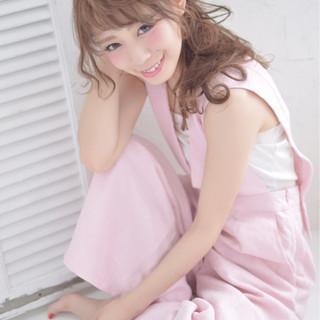 簡単ヘアアレンジ 大人かわいい 外国人風 ショート ヘアスタイルや髪型の写真・画像 ヘアスタイルや髪型の写真・画像