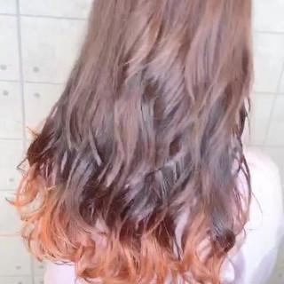 グラデーションカラー オレンジ ガーリー ポイントカラー ヘアスタイルや髪型の写真・画像