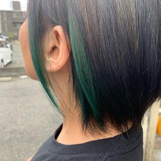 ブリーチカラー ストリート グリーン デザインカラー ヘアスタイルや髪型の写真・画像