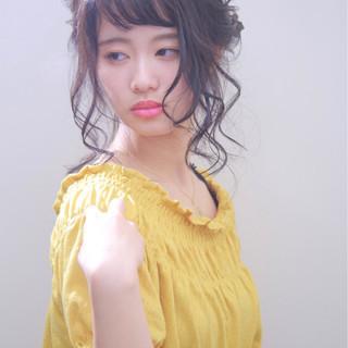 シニヨン ナチュラル ロング ヘアアレンジ ヘアスタイルや髪型の写真・画像