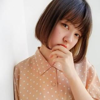 インナーカラー ミニボブ フェミニン ボブ ヘアスタイルや髪型の写真・画像
