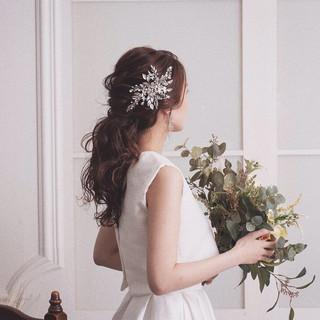 フェミニン ポニーテール 結婚式 花嫁 ヘアスタイルや髪型の写真・画像 ヘアスタイルや髪型の写真・画像