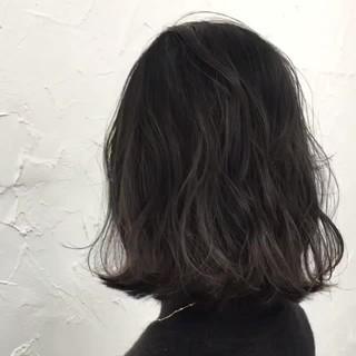 アッシュ 黒髪 切りっぱなし ナチュラル ヘアスタイルや髪型の写真・画像
