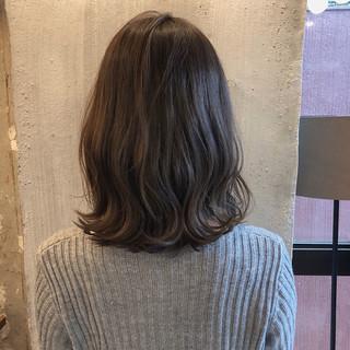 女子力 ゆるふわ ウェーブ ミディアム ヘアスタイルや髪型の写真・画像