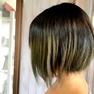 カーキ 外国人風 色気 ストリート ヘアスタイルや髪型の写真・画像 ヘアスタイルや髪型の写真・画像