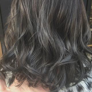 外国人風カラー モテ髪 グレージュ 大人かわいい ヘアスタイルや髪型の写真・画像