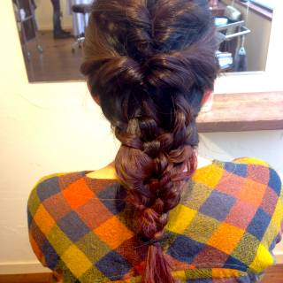 ヘアアレンジ セミロング 三つ編み 編み込み ヘアスタイルや髪型の写真・画像