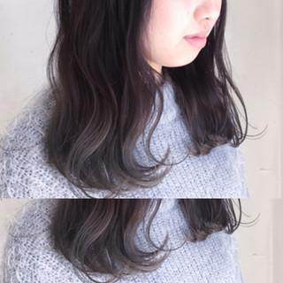 ハイライト 小顔 こなれ感 ミディアム ヘアスタイルや髪型の写真・画像