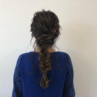 編み込み ヘアアレンジ 結婚式 ナチュラル ヘアスタイルや髪型の写真・画像