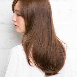 大人かわいい パーマ ナチュラル 透明感 ヘアスタイルや髪型の写真・画像 ヘアスタイルや髪型の写真・画像