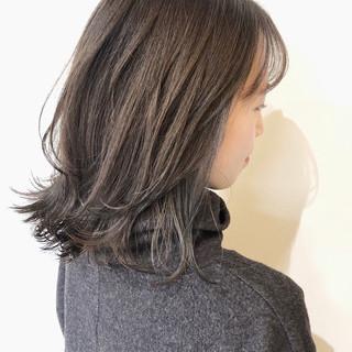 大人ミディアム ミディアム ラベンダーグレージュ デート ヘアスタイルや髪型の写真・画像