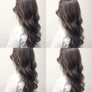 暗髪 ガーリー ハイライト セミロング ヘアスタイルや髪型の写真・画像