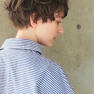 ウェーブ ハイライト アンニュイ モード ヘアスタイルや髪型の写真・画像 ヘアスタイルや髪型の写真・画像