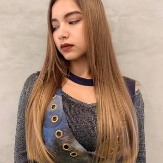 PEEK-A-BOO ワンレングス ロング 大人ヘアスタイル ヘアスタイルや髪型の写真・画像 ヘアスタイルや髪型の写真・画像
