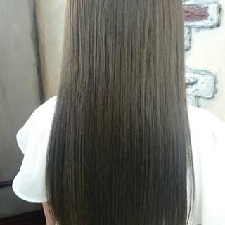 ロング フェミニン 外国人風 グラデーションカラー ヘアスタイルや髪型の写真・画像 ヘアスタイルや髪型の写真・画像