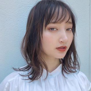 シースルーバング 前髪 ミディアム 前髪あり ヘアスタイルや髪型の写真・画像