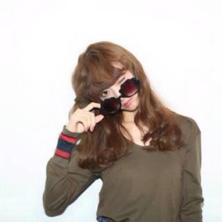 ウェーブ ゆるふわ 秋 セミロング ヘアスタイルや髪型の写真・画像