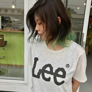 グリーン カラーバター グラデーションカラー ストリート ヘアスタイルや髪型の写真・画像