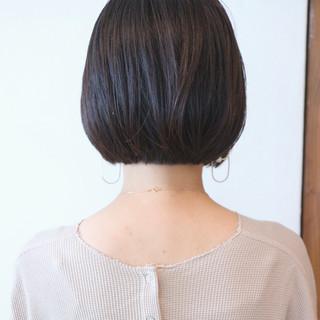 ナチュラル 切りっぱなしボブ 地毛風カラー ミニボブ ヘアスタイルや髪型の写真・画像