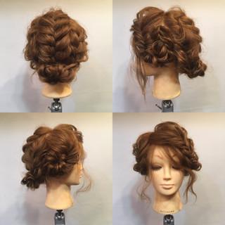 無造作 フィッシュボーン セミロング パーティ ヘアスタイルや髪型の写真・画像 ヘアスタイルや髪型の写真・画像