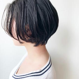 大人かわいい 黒髪 ショート ハンサムショート ヘアスタイルや髪型の写真・画像