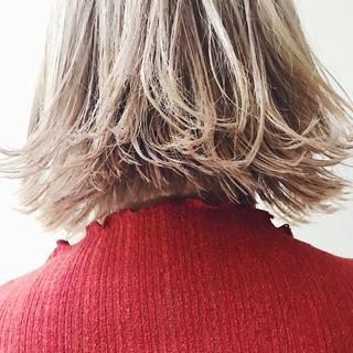 モード ボブ アウトドア ハイライト ヘアスタイルや髪型の写真・画像 ヘアスタイルや髪型の写真・画像