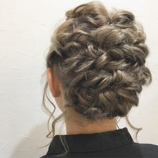 ヘアアレンジ 結婚式 フェミニン 謝恩会 ヘアスタイルや髪型の写真・画像 ヘアスタイルや髪型の写真・画像