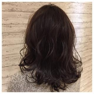 暗髪 大人かわいい ガーリー こなれ感 ヘアスタイルや髪型の写真・画像 ヘアスタイルや髪型の写真・画像