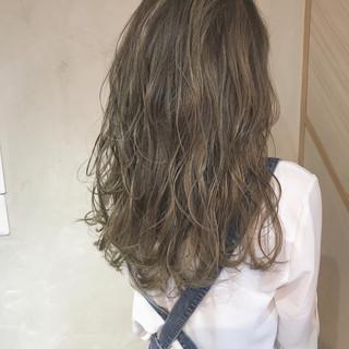 エレガント デート ロング ハイライト ヘアスタイルや髪型の写真・画像