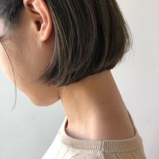 フェミニン オフィス アウトドア ボブ ヘアスタイルや髪型の写真・画像