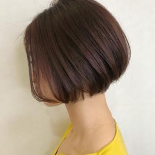 ショートボブ ミニボブ フェミニン ボブ ヘアスタイルや髪型の写真・画像