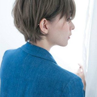 リラックス ショート ナチュラル サイドアップ ヘアスタイルや髪型の写真・画像