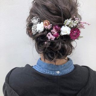 ヘアアレンジ フェミニン セミロング 結婚式 ヘアスタイルや髪型の写真・画像 ヘアスタイルや髪型の写真・画像