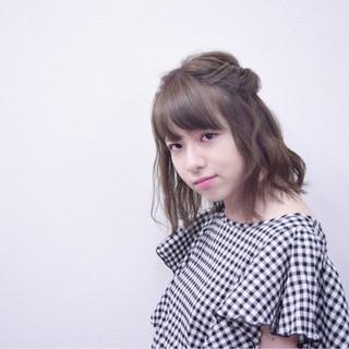 女子会 オフィス 秋 透明感 ヘアスタイルや髪型の写真・画像