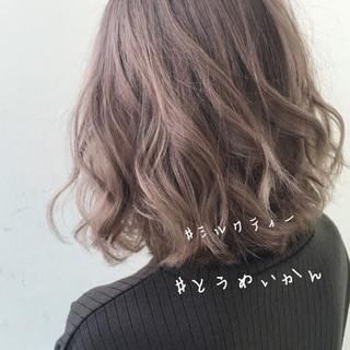 切りっぱなしボブ ナチュラル ボブ オフィス ヘアスタイルや髪型の写真・画像