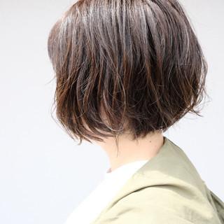 ナチュラル ナチュラルベージュ ボブ ゆるナチュラル ヘアスタイルや髪型の写真・画像