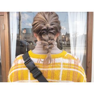 セミロング 簡単ヘアアレンジ ナチュラル 結婚式 ヘアスタイルや髪型の写真・画像