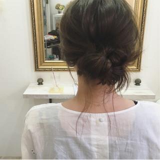 ヘアアレンジ 後れ毛 ラフ ミディアム ヘアスタイルや髪型の写真・画像