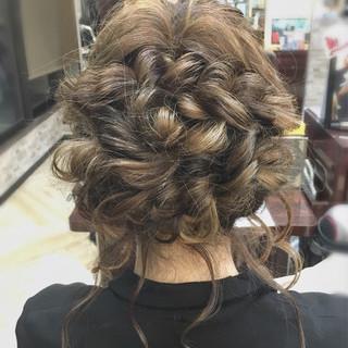 編み込み ロープ編み セミロング フェミニン ヘアスタイルや髪型の写真・画像