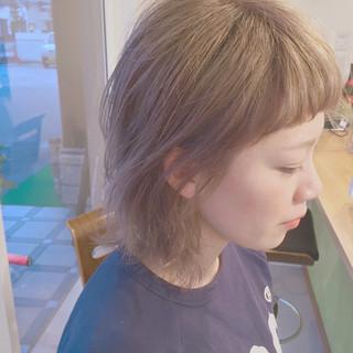 外ハネ 外国人風 ショート グレージュ ヘアスタイルや髪型の写真・画像 ヘアスタイルや髪型の写真・画像