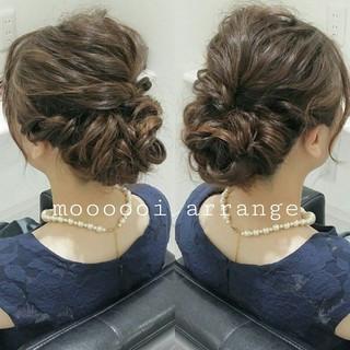 編み込み ヘアアレンジ ミディアム ゆるふわ ヘアスタイルや髪型の写真・画像