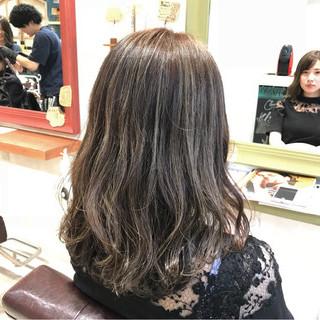 外国人風カラー 外国人風 ナチュラル セミロング ヘアスタイルや髪型の写真・画像