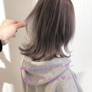 ミディアム 切りっぱなしボブ ナチュラル ウルフカット ヘアスタイルや髪型の写真・画像