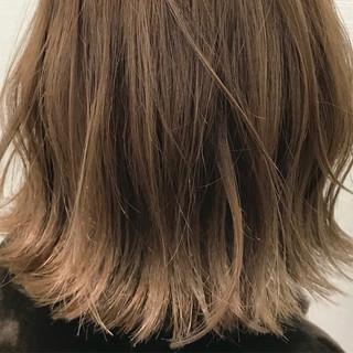 ブラウンベージュ ボブ ベージュ ストリート ヘアスタイルや髪型の写真・画像