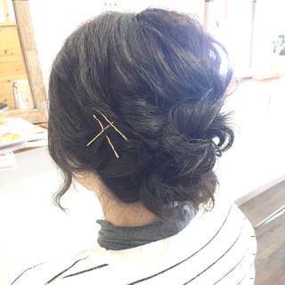 ナチュラル 大人女子 アッシュ お団子 ヘアスタイルや髪型の写真・画像