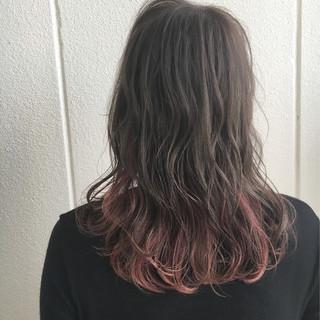 秋 ウェーブ 透明感 インナーカラー ヘアスタイルや髪型の写真・画像